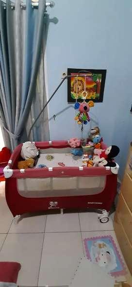 Box bayi BabyDoes kondisi bagus