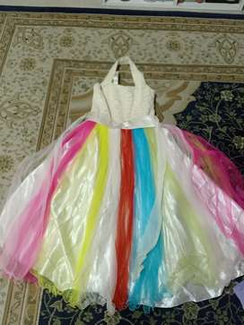 Kids clothes-4 imported dresses for Rs. 600 only