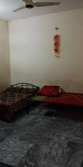 4 Marly Ist portion for rent at Ghouri Town Islamabad