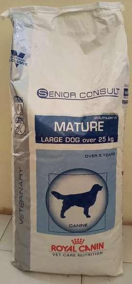 Makanan anjing royal canin