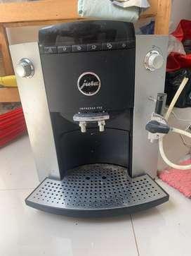 mesin kopi Jura F50 impressa