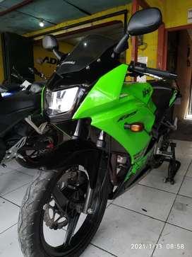 (SPM) Kawasaki Ninja 150 RR Thn 2013 Istimewa plat h terawat