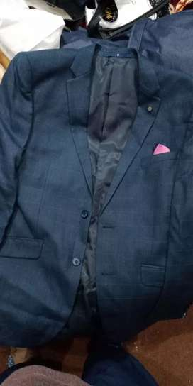 Charcoal 2 piece suit just used 2 hours on Walima