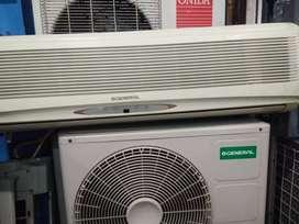 Airconditioner split type working LG og