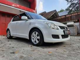 SUZUKI SWIFT ST 1.5 AT 2010 Siap pakai