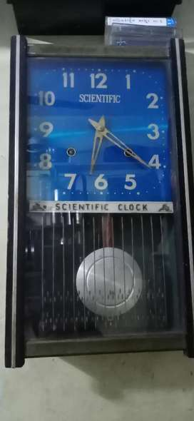 Old antique clock complete  working
