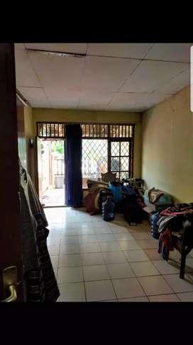 Rumah Hitung Tanah Di Taman Alfa indah, Joglo, Jak Bar.(kode rmrg881)