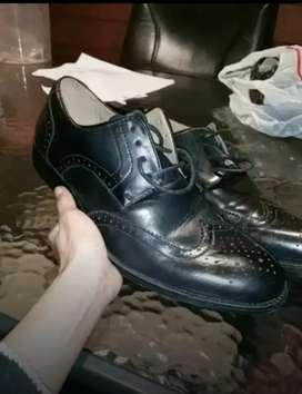 Sepatu formal Bata