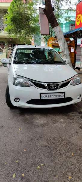 CAR FOR RENT 35000/MONTH