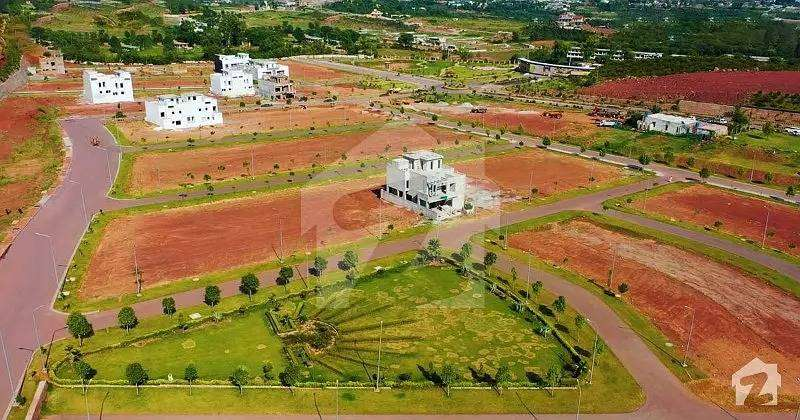 3.5 Marla Commercial plot file for sale in Park View City Islamabad.