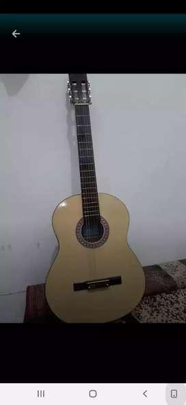 jual gitar yamaha C 310 senar nilon 400