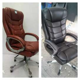 Big Boss office chair and office table avalabel here