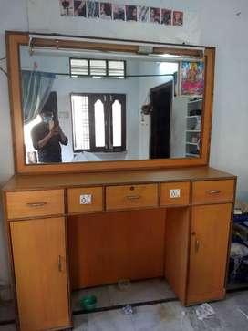 Beauty Parlour Mirror