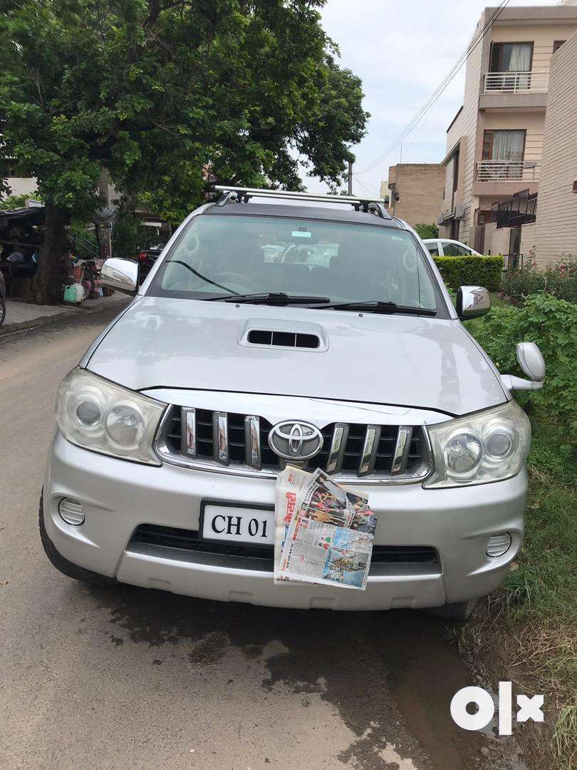 4by4 Manual Fortuner 0