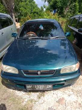 Corolla tahun 1996
