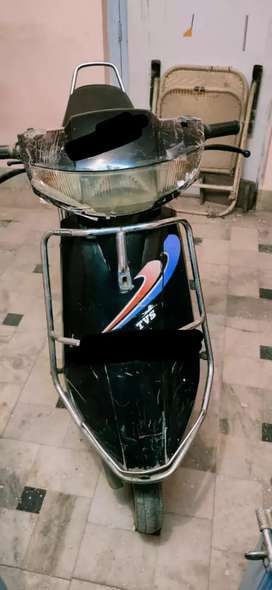 TVs scootey well in condition