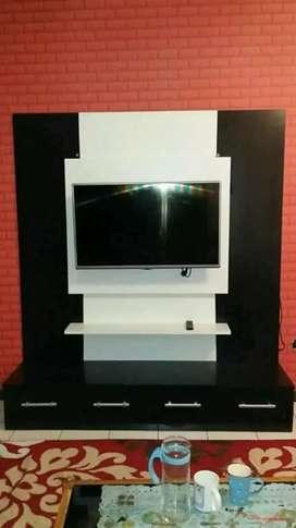 Order rak tv model bedrof minimalis