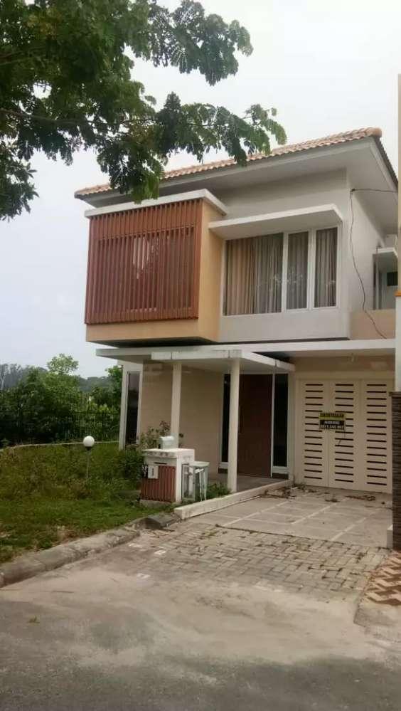 rumah fully furnished ciputra dua lantai