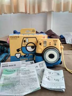 INSTAX MINI 8 DESPICABLE ME LIMITED EDITION