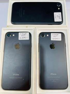 sare IPhone available hai wholesle price te