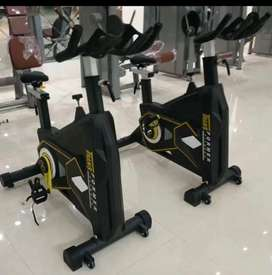 Spin bike nd trademil