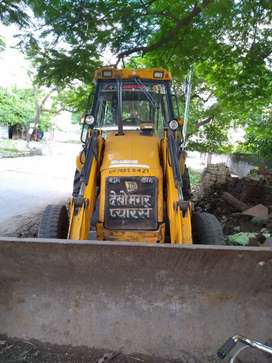 Good condition  jcb,10000 hours driven