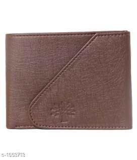 Man's wallet very responsible