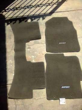 Karpet lantai original honda brio .minat sms wa diprofile