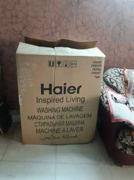 Haier 6.5 kg semi Auto machins