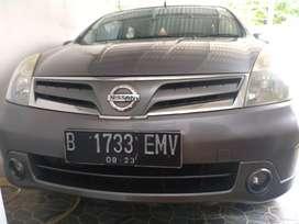 Mobil Grand livina A/T type XV Full Orisinil Istimewa