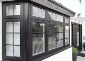 model jendela aluminium