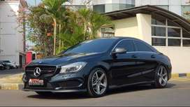 Mercedes Benz CLA200 .2014 Black On Black Km 29Rb Like New