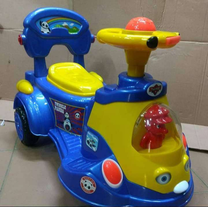 Child ride car 0