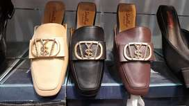 Ladies shoes and slippers