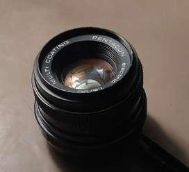 Pentacon M42 5O f1.8 antique vintage manual film reel camera lens