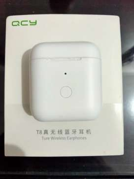 Airphone QCy T8 5 Days used