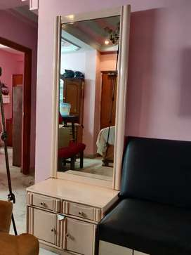 Pure wood Dressing table with long mirror