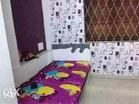 Boys pg service available at Bodakdev prahaladnagar
