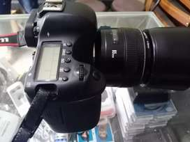 Canon 6D with 85mm f1.8 full frame professional camera