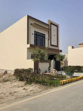 DHA PHASE 9 TOWN 5 MARLA BRAND NEW HOUSE FOR SALE IN 120 FT ROAD
