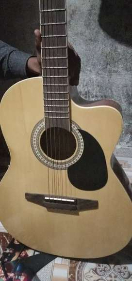 Guitar very good condition