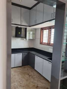 Flat for rent 1st ,2nd,3rd floors