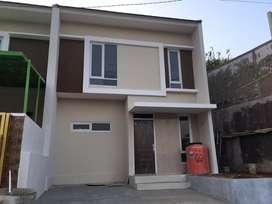 HOT ITEM! Over kredit rumah 2 lantai di Padasuka dkt Cicaheum Antapani