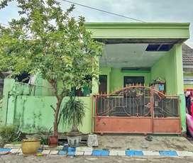 Rumah dekat Fasum di Kahuripan Nirwana, Sidoarjo kota