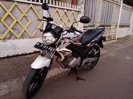 Full ORI !! Yamaha Vixion Old 2012 Special Putih Mutiara Istimewah