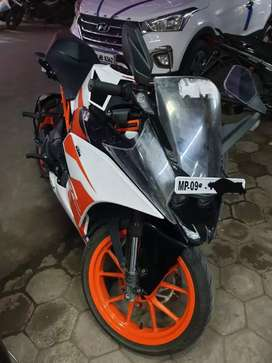 ktm Rc 200 only 5 month old bike 3513km used