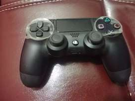 Sony PS4 1TB with 2 controllers