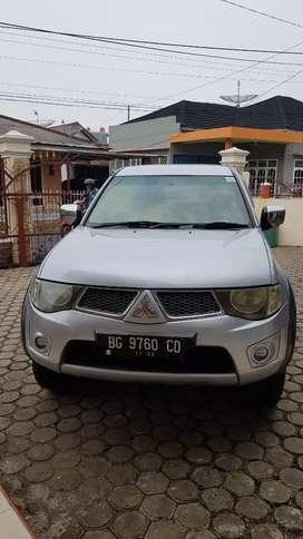 Mitsubishi Triton thn 2012