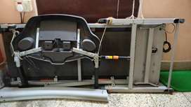 GYMTRAC Motorised TreadMill T1250 for Rs10000/- with Motor not working