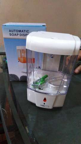 Refillable Plastics Automatic Soap 600ml